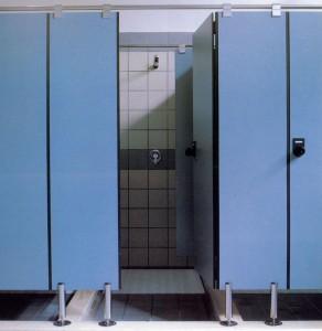Compartimentari grupuri sanitare cu HPL compact Arpa