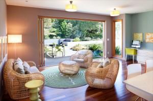 outdoor-wicker-furniture-indoors-950x633 (1)
